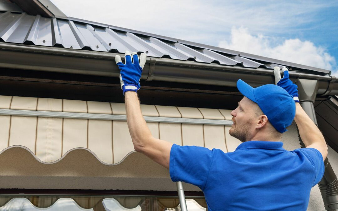 Five Reasons to Use Gutter Cleaning Services