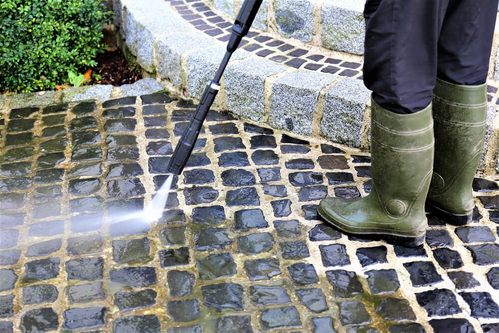 DIY Pressure Wash in Vancouver: How to Pressure Wash a House
